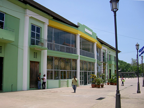 kulturhus-nicaragua-snit-fotos-2013-02
