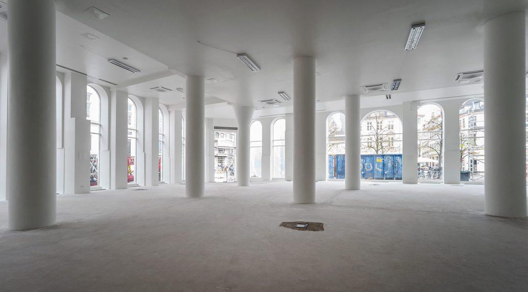 Renovering af butik på Højbro Plads 4