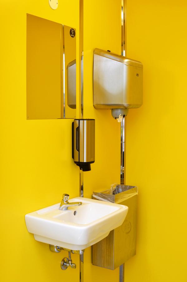 14-13-toiletbygning-rabalderparken-foto-05