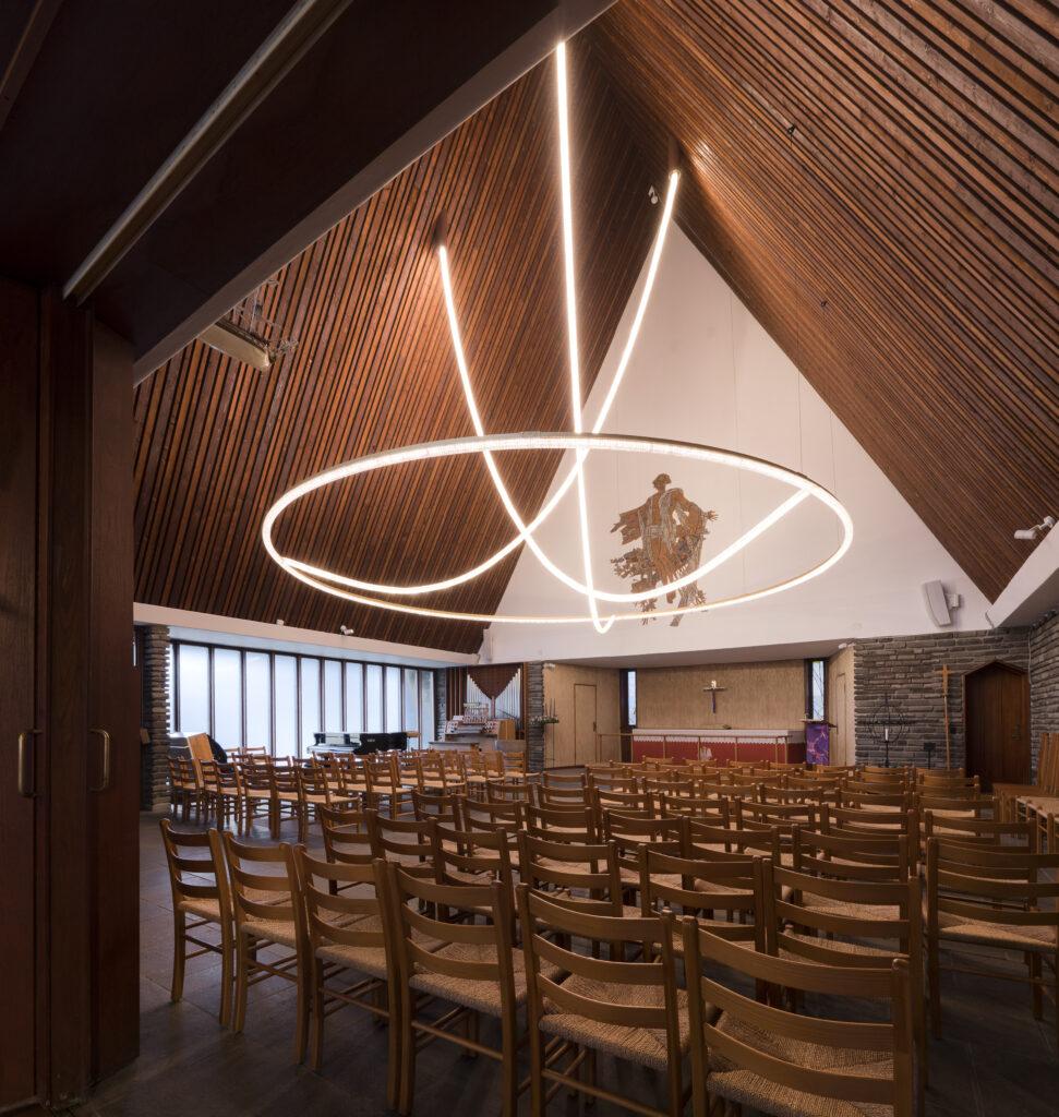 Bertelsen & Scheving har restaureret Kong Haakons Kirke (den norske kirke) og designet ny lysskulptur