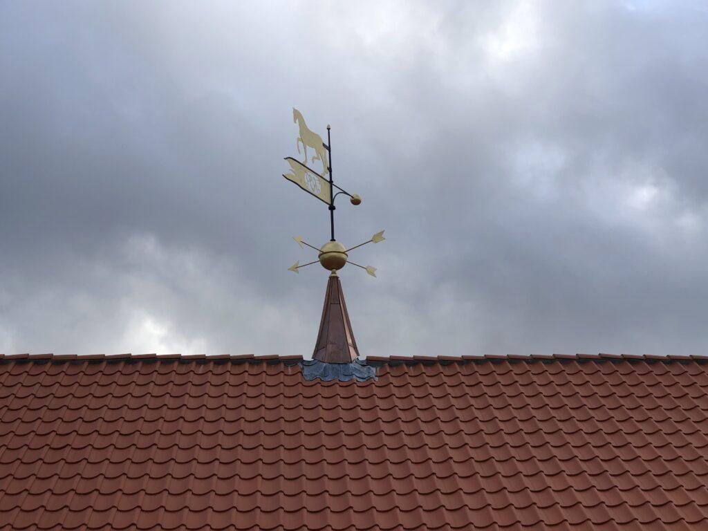 Bertelsen & Scheving - Hørsholm Ridehus - tagrytter