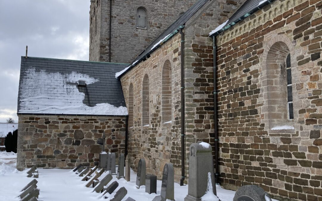 Aa Kirke: Renovering af tag